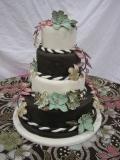 Fondant Cake with Gumpaste Flowers